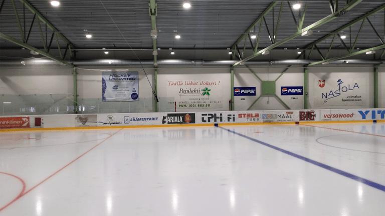 Jäähallin valaistus Ledimo syväsäteilijällä